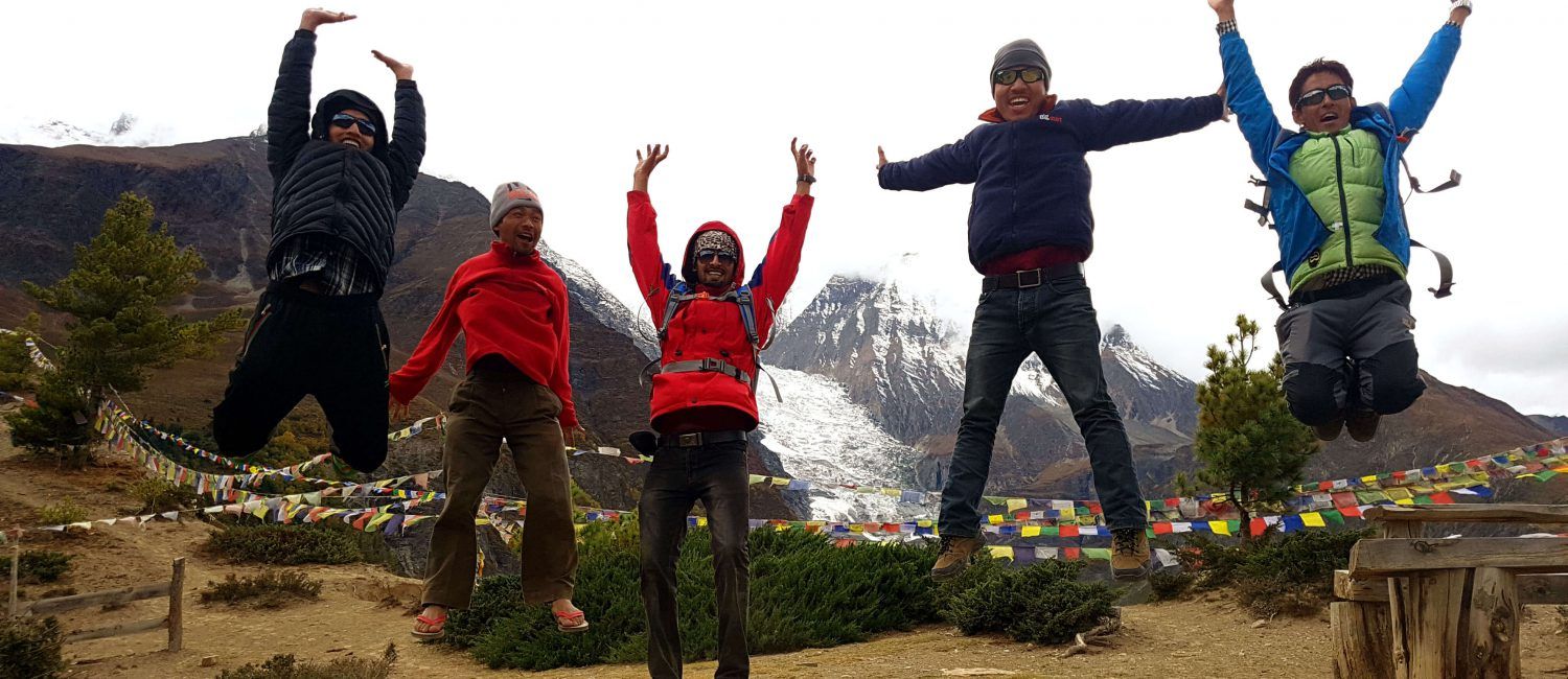 best guide contact in nepal